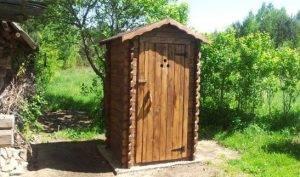 postrojka-tualeta-s-vygrebnoj-yamoj-na-dache-svoimi-rukami-1