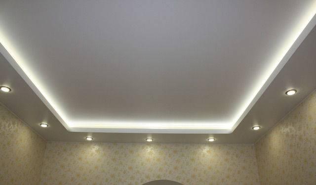 Двухуровневый потолок со светодиодным освещением