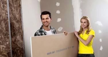 Как самостоятельно приклеить гипсокартон к стене