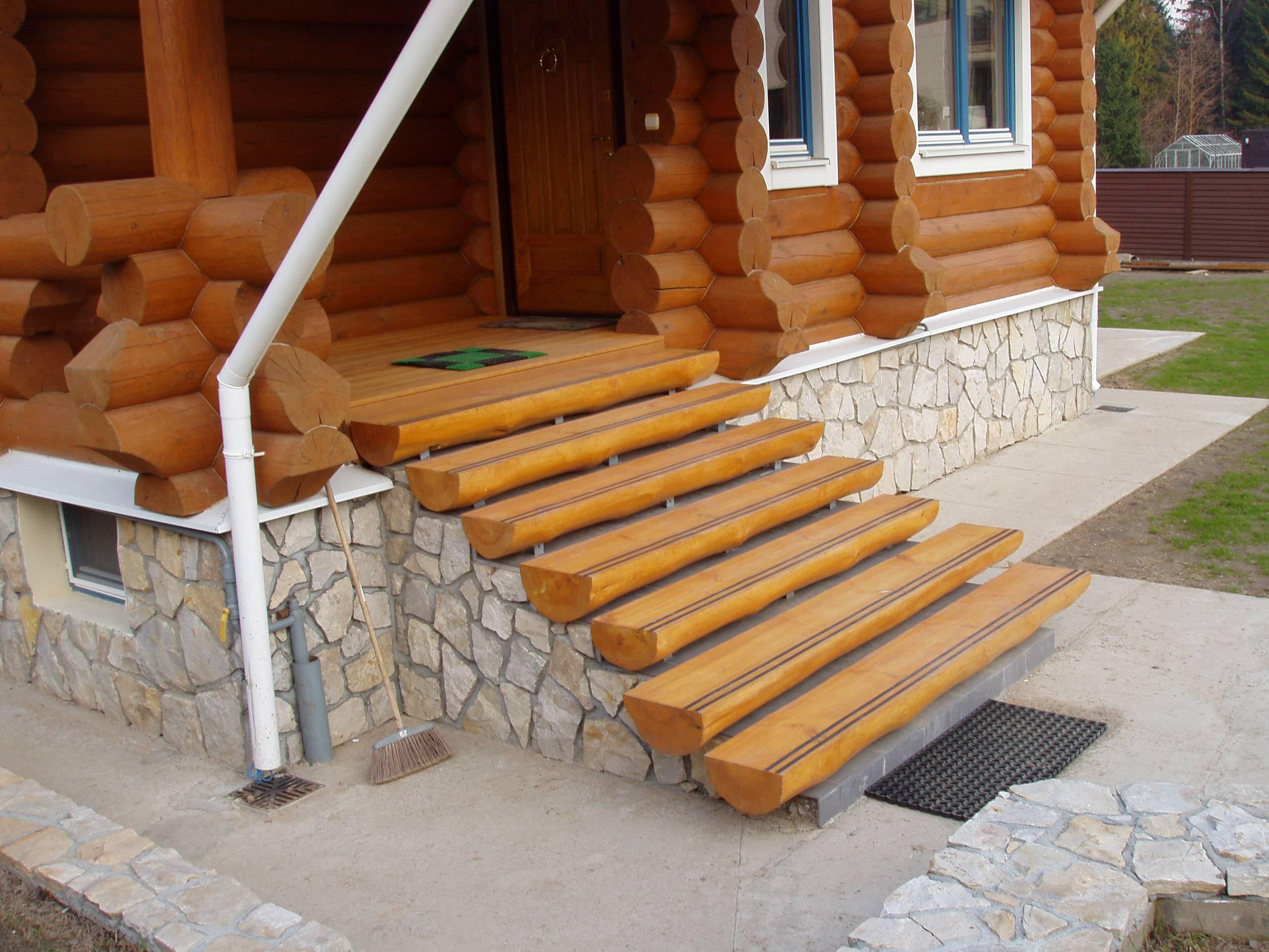 Фото крыльца к деревянному дому фото своими руками 92
