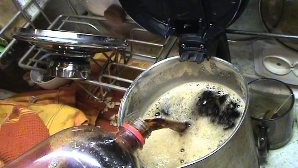 Нагреть напиток на печке