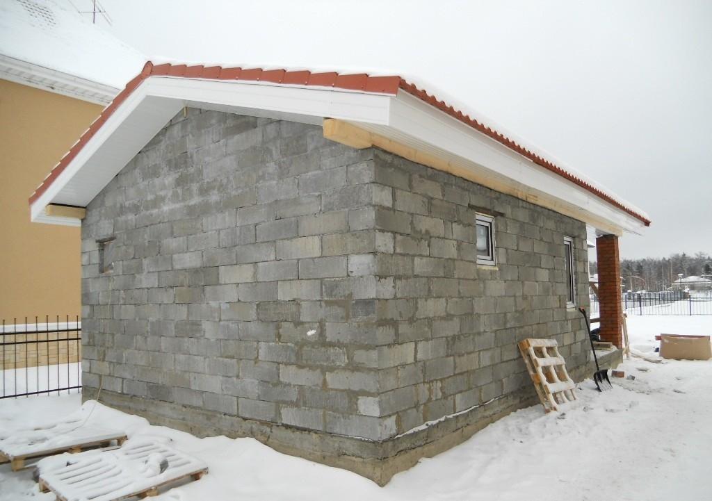 Описание этапов строительства бани из блоков своими руками с видео