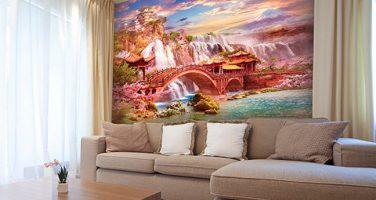 Монтаж фрески на стену