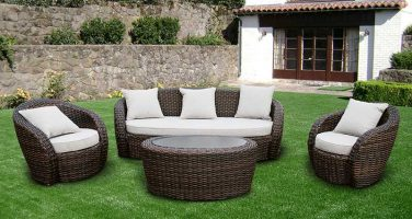 Плетеная мебель для уюта на даче