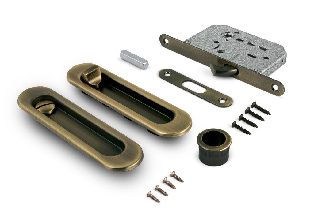 Ручка-замок для дверей купе с фиксатором